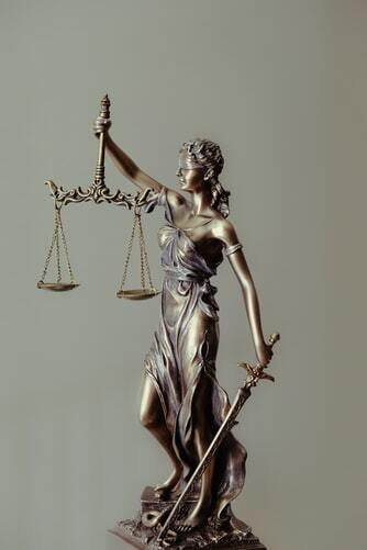 ÎCCJ. RIL admis ref. suspendarea procedurii de dizolvare sau lichidare a persoanei juridice