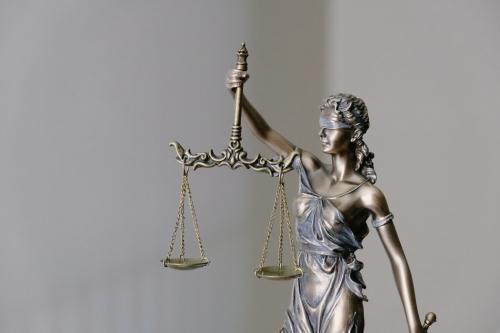 ÎCCJ. RIL admis ref. competența materială de soluţionare a contestaţiilor privind executarea silită începută de creditorii bugetari în temeiul dispoziţiilor art. 143 alin. (1) teza finală din Legea nr. 85/2014