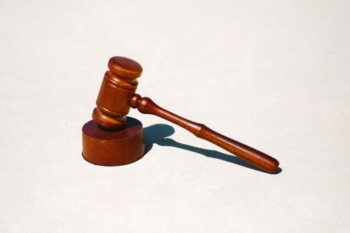 Jurisprudență Tribunalul Specializat Cluj: executare antecontracte de vânzare imobile în faliment