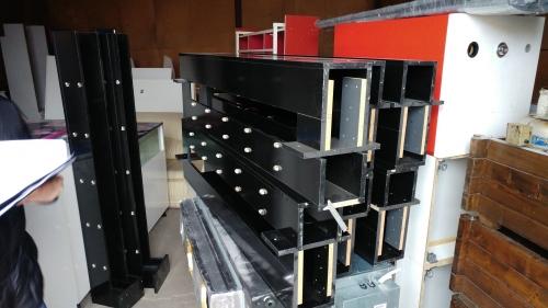 Lichidator judiciar vând mobilier, accesorii si aparatura specifica comercializarii de articole sportive/parfumuri/cosmetice