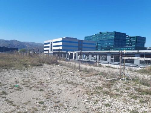 Proprietate imobiliara pretabila proiect rezidential sau comercial - Brasov