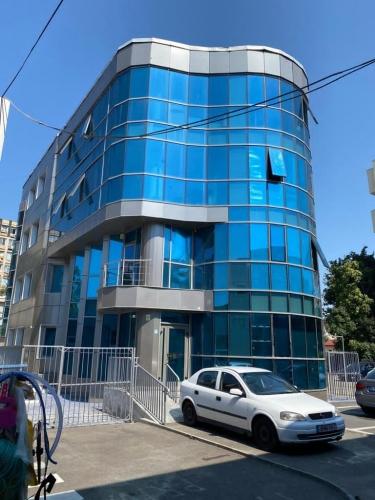 Proprietate imobiliara cu destinatie comerciala - Bucuresti, Sector 5